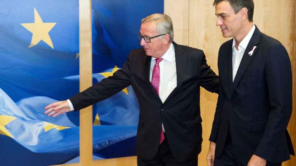 Sánchez se ha reunido con Juncker en Bruselas