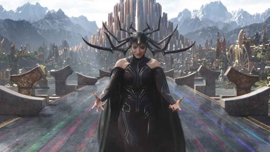 Cate Blanchett en Thor.