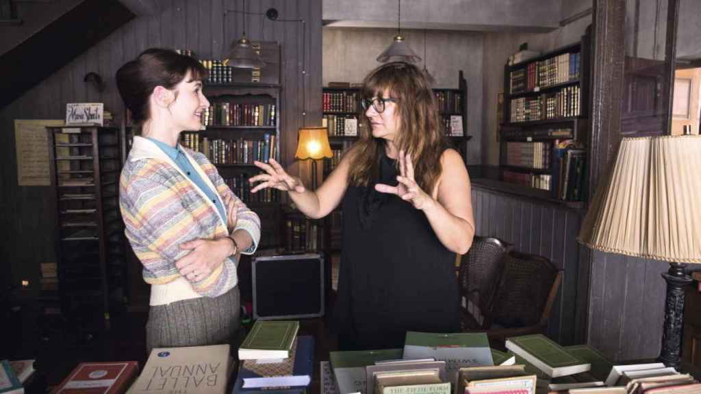 Coixet dando órdenes a Emily Mortimer.