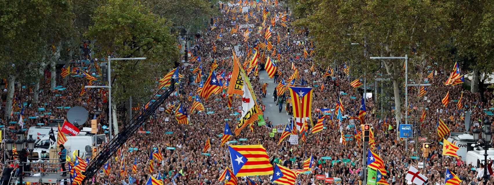Puigdemont y todos sus consejeros acuden a la manifestación por los Jordis
