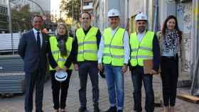 En la foto, de izquierda a derecha: Luis Galiano, arquitecto del estudio RCCYP, Carmen Riu, José Manuel Calvo, Trinitario Casanova, presidente de Grupo Baraka, Víctor Martín, arquitecto de RIU, y Sara Martín, de RCCYP.