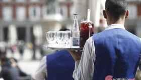 Burgos-camarera-estampar-vaso-cara