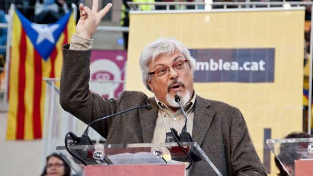 Cucurull compagina su actividad como pseudohistoriador con los mítines de ANC.