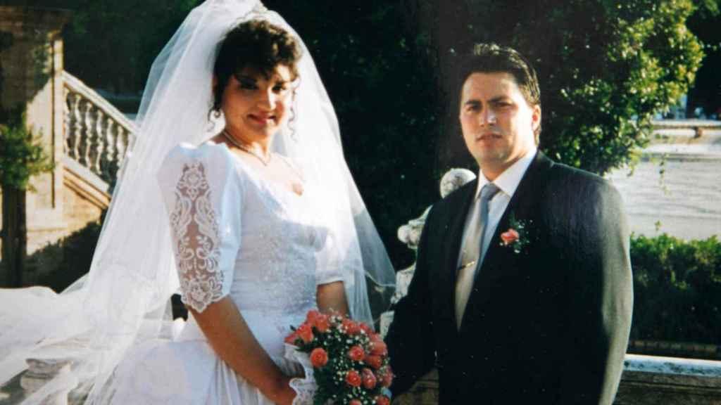 La pareja se casó en Sevilla hace 22 años.