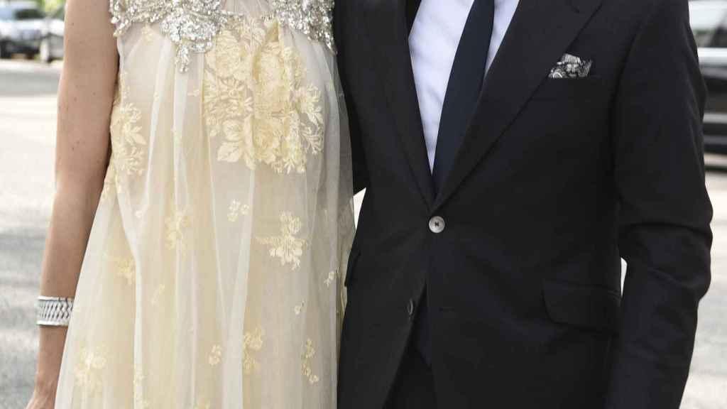 Carola y Emiliano, en la boda de Sara Verdasco el verano pasado.