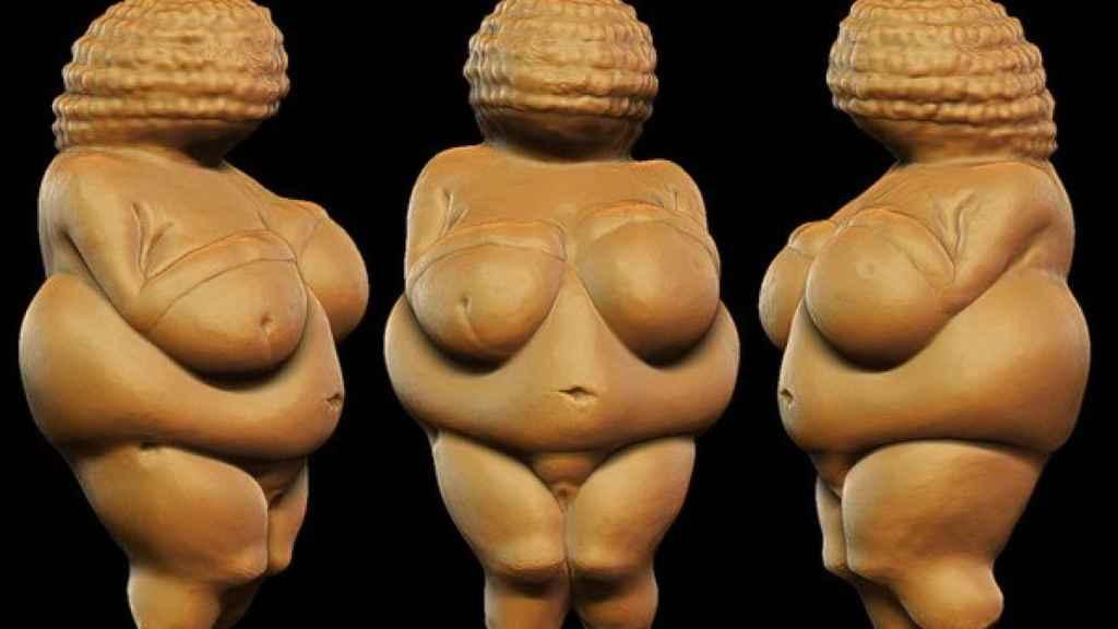 La evolución pone en duda la idea de que los pechos grandes atraen por ser sinónimo de capacidad de procrear, como sí ocurre con las caderas prominentes.