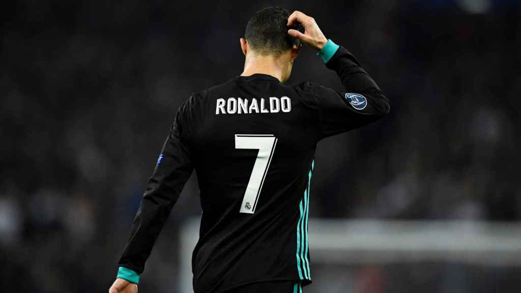 Cristiano Ronaldo se lamenta tras la derrota en Wembley.