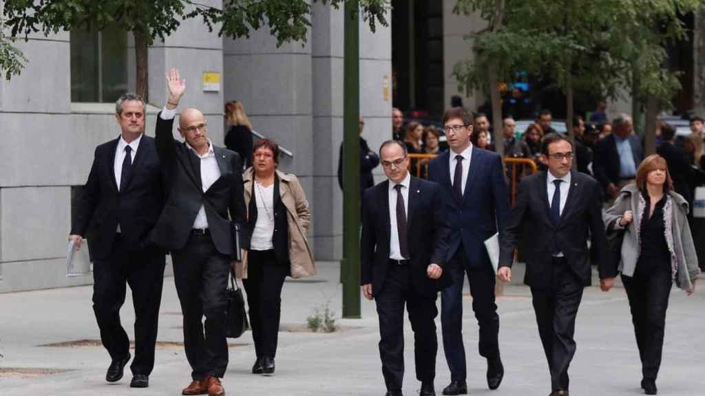 Joaquim Forn, Dolors Bassa, Raul Romeva, Carles Mundó , Jordi Turull, Maritxel Borrás  y Josep Rull