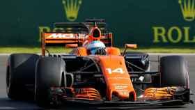Fernando Alonso a los mandos de su monoplaza en el GP de México.