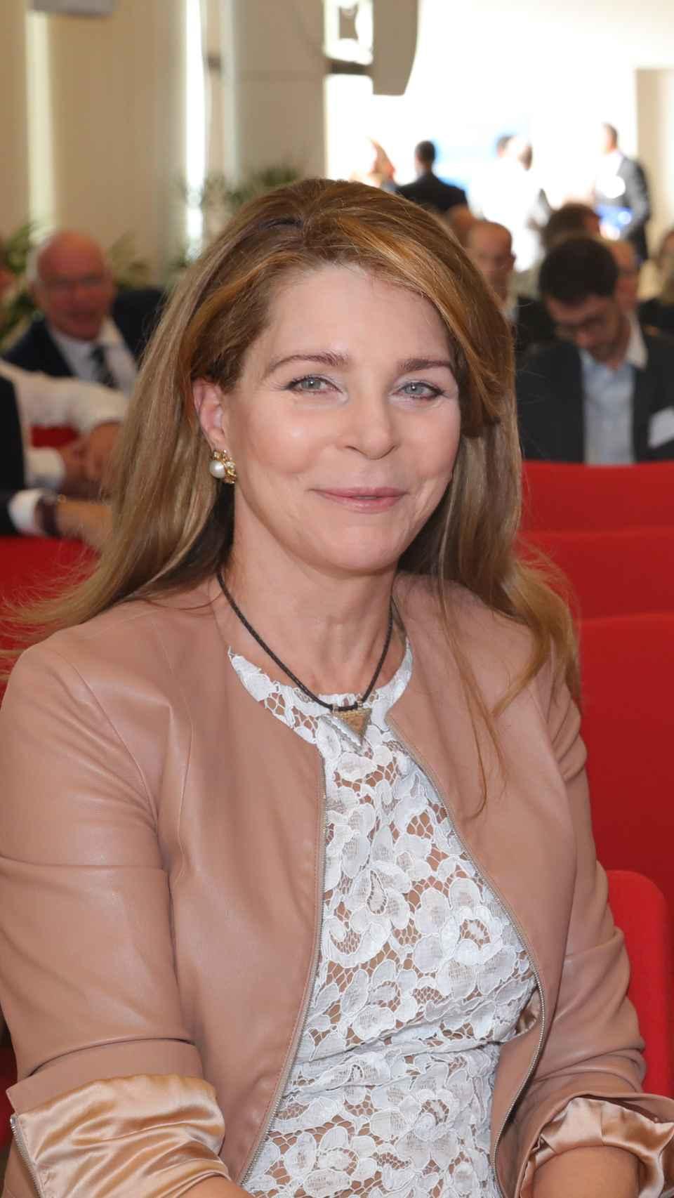 Noor de Jordania durante un evento benéfico.