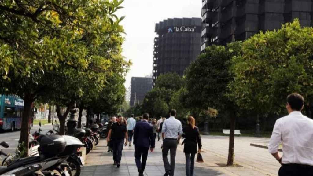 Las calles de Barcelona respiran normalidad mientras las empresas preparan demandas por los daños provocados.