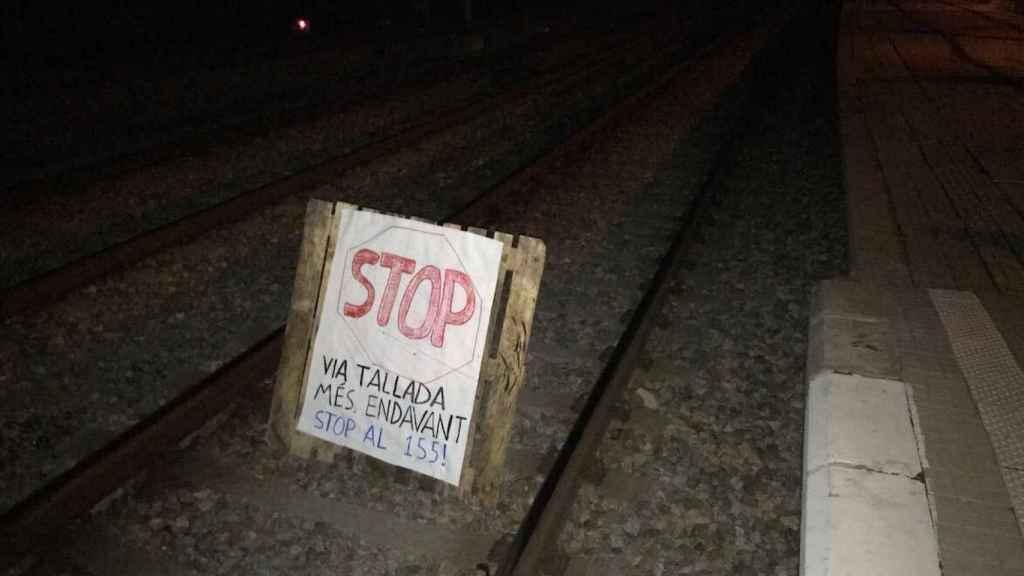 Imagen de los sabotajes a los trenes de Cercanías en Barcelona.
