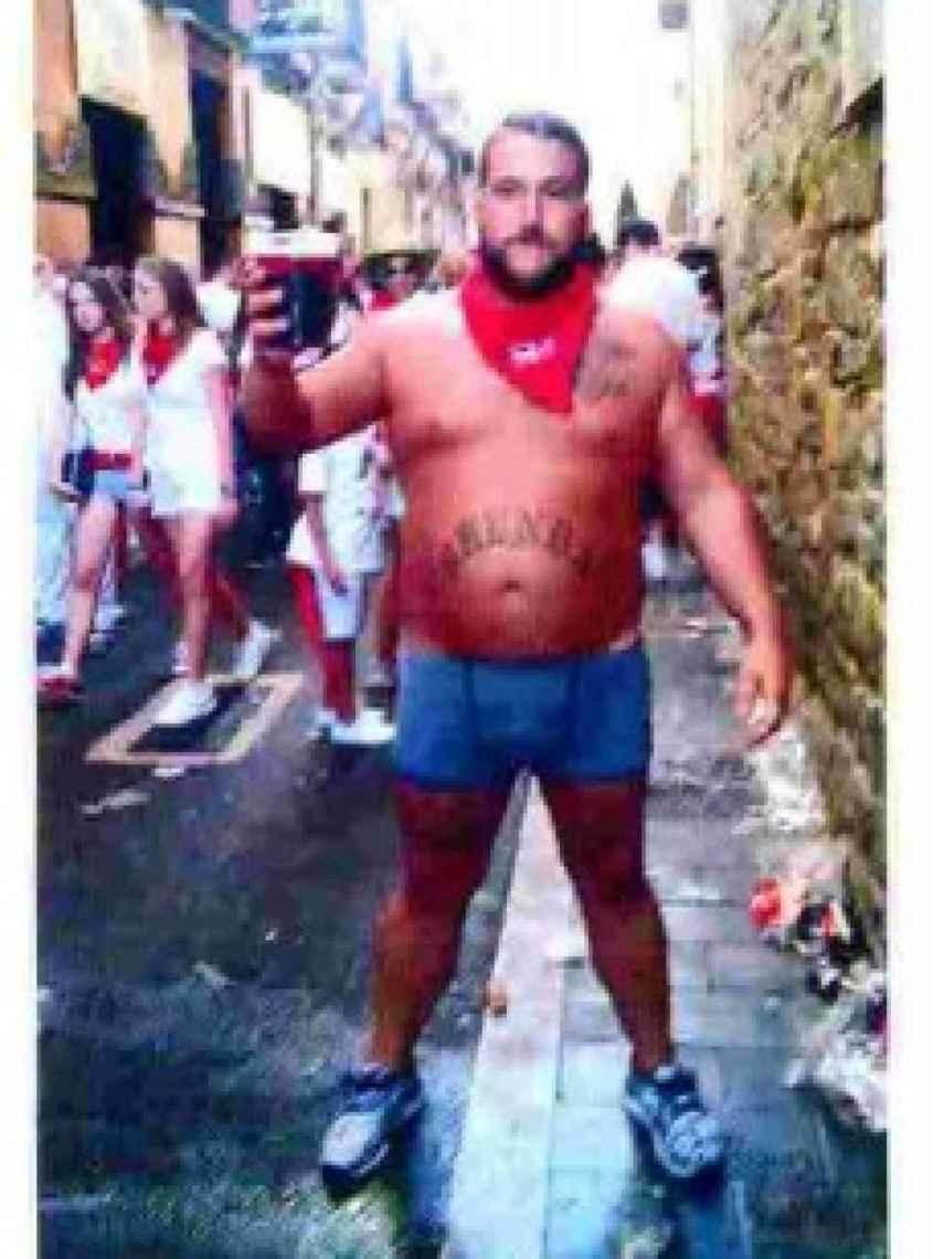 Imagen incluida en el sumario del caso en la que aparece José Ángel Prenda en las calles de Pamplona horas antes de la presunta violación.