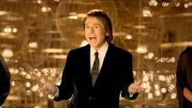 Raphael en el anuncio de la Lotería de Navidad de 2013.