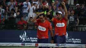 Lima y Belasteguín celebran su pase a la final en Buenos Aires.