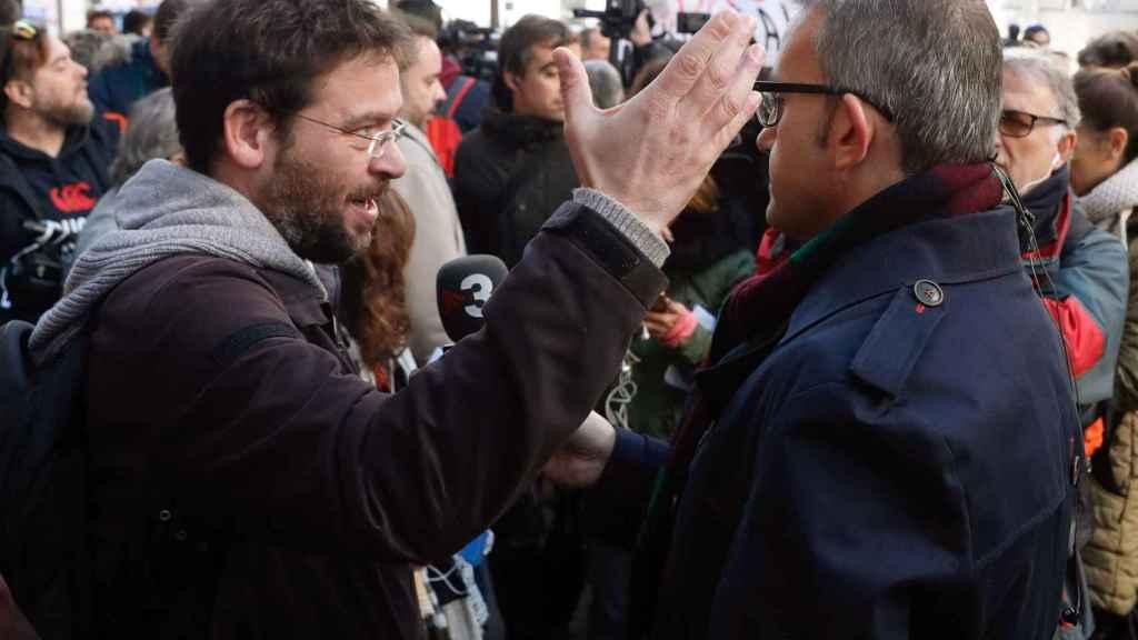Fachin en la concentración frente al Supremo cuando Forcadell acudió a declarar