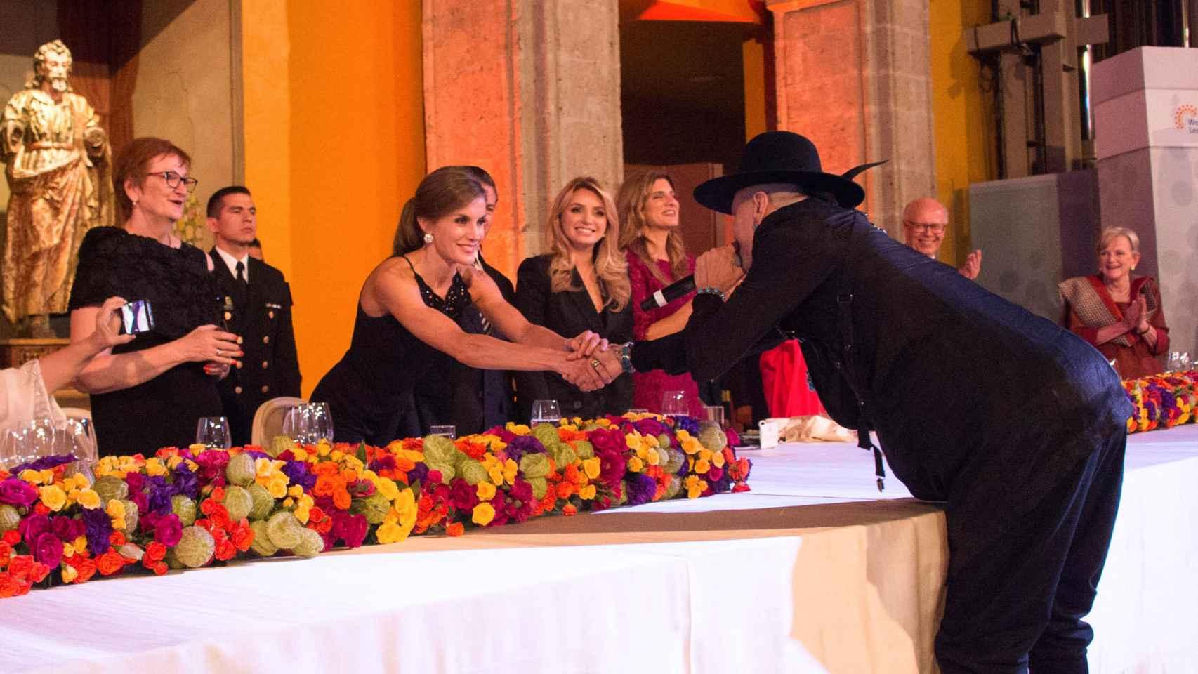 Imágenes de la fiesta a la que asistió la reina Letizia en México
