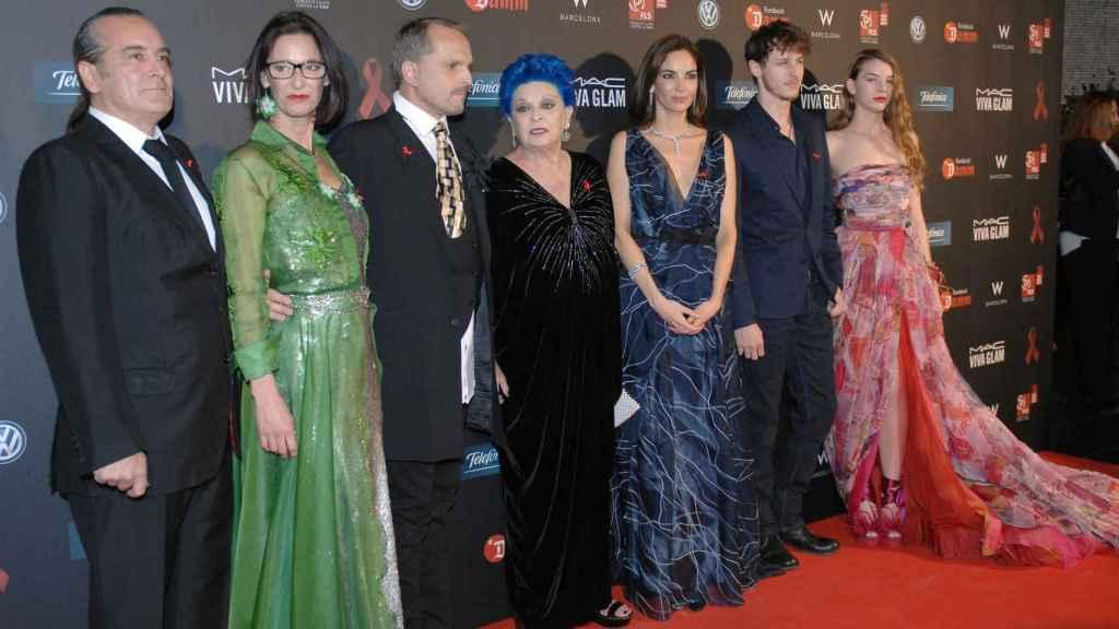 Gran parte del clan en la gala contra el sida que cada año encabeza Miguel Bosé.
