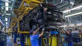 Línea de fabricación de la planta de Ford en Almussafes.