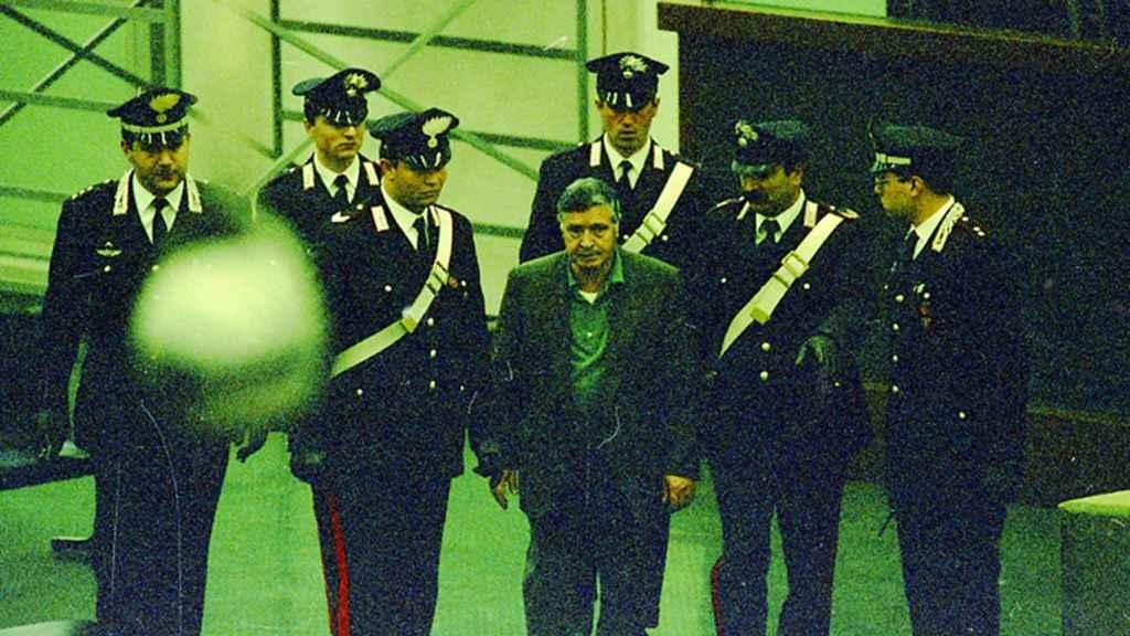 Riina, escoltado por los carabinieri