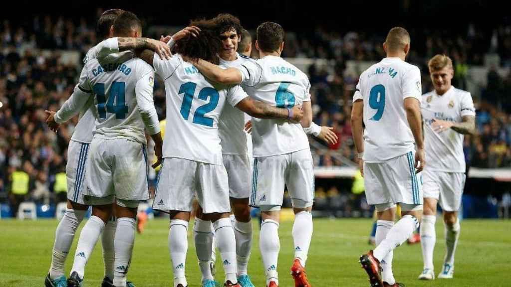 Los jugadores celebran el gol de Casemiro