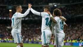 Cristiano celebra con Casemiro el gol del brasileño. Foto: Pedro Rodríguez / El Bernabéu