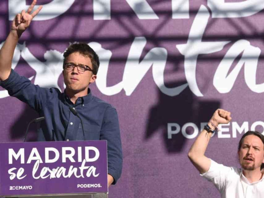 Errejón e Iglesias durante el acto en que sellaron la paz.