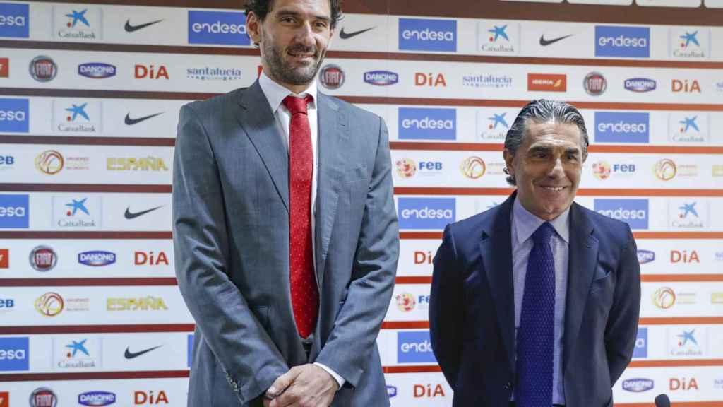 Jorge Garbajosa y Sergio Scariolo en una rueda de prensa.