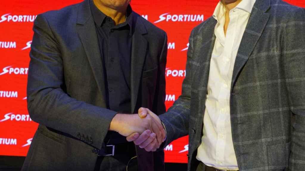 Sergio Scariolo y Frank de Boer probaron el nuevo Fantasy Sportium este jueves.