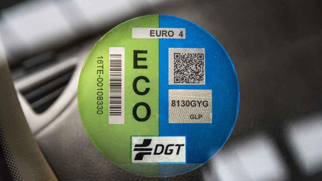 Etiqueta ECO concedida por la DGT.