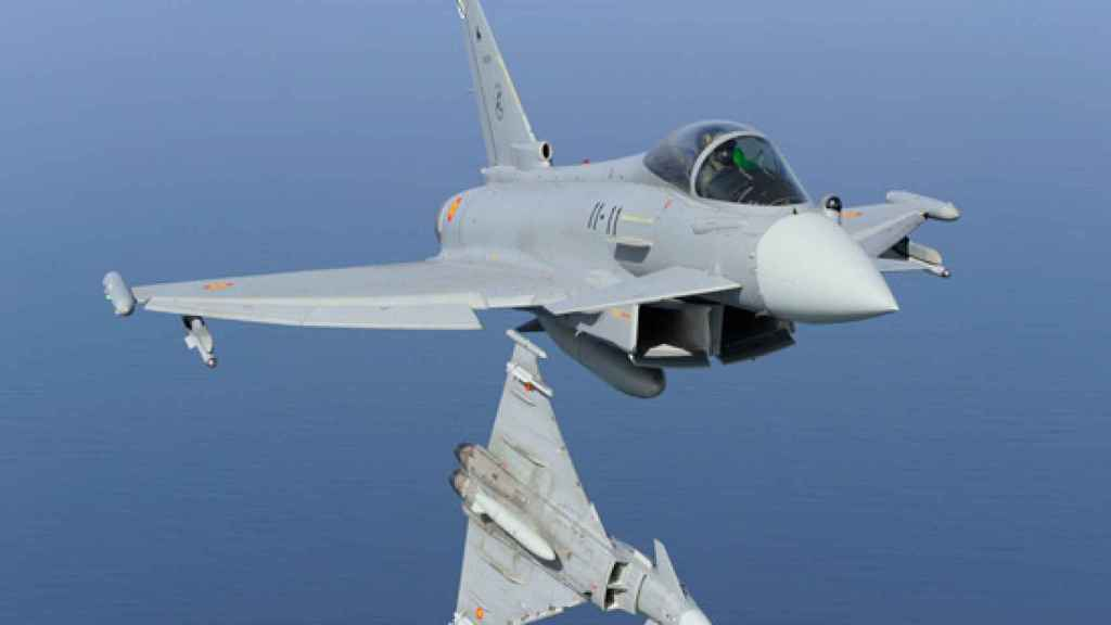 Dos Eurofighter del Ala 11.
