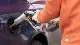 El repostaje de AutoGas es similar al de combustibles tradicionales.