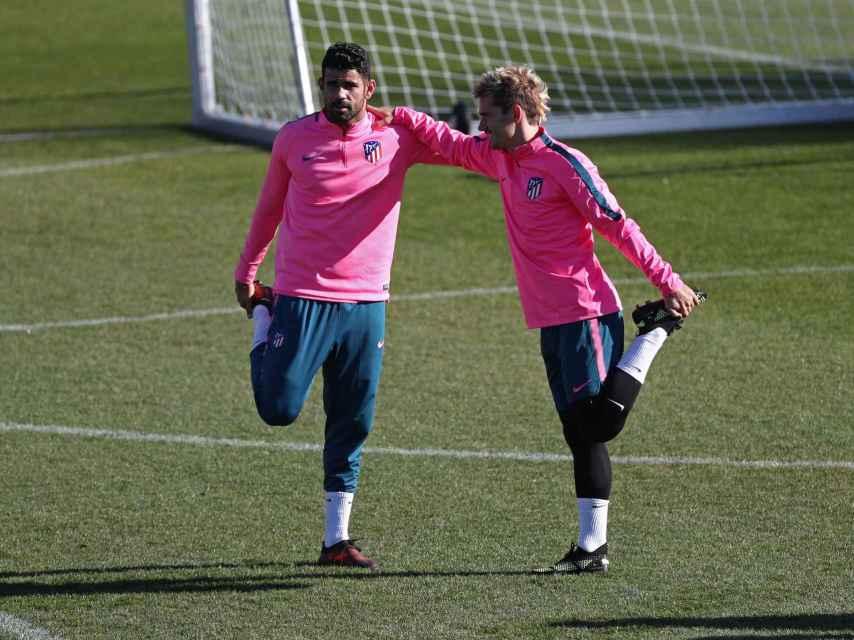 Diego Costa y Griezmann durante el entrenamiento.
