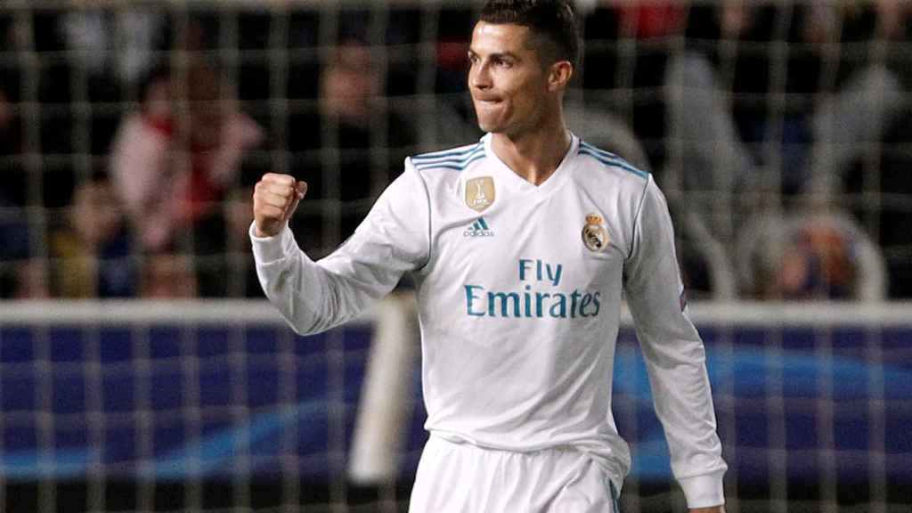 Cristiano celebra uno de su goles en Chipre.