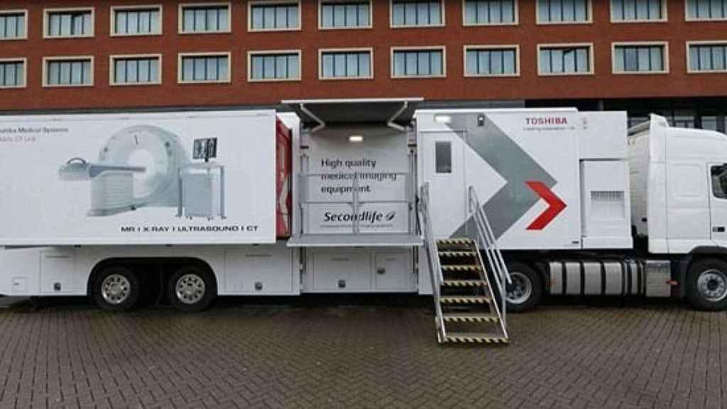 El camión donde se lleva a cabo el TAC.