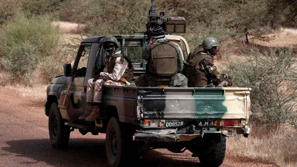 Soldados de las Fuerzas Armadas de Mali en Tassiga.