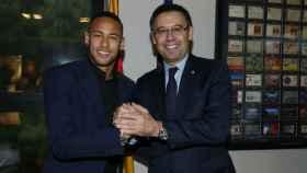 Neymar y Bartomeu. Foto. fcbarcelona.es