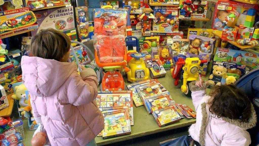 Comparar los juguetes en distintas tiendas provoca un gran ahorro de dinero.