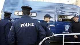 La Policía griega halla explosivos y detiene a 9 personas ligadas a un grupo izquierdista turco