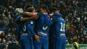 El Fuenlabrada celebra el gol de Luis Milla