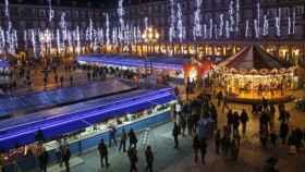 El mercado de la Plaza Mayor es uno de los grandes atractivos durante la Navidad.
