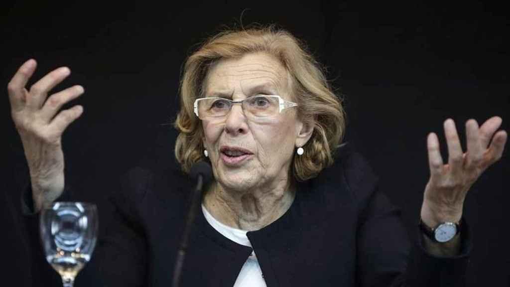 Carmena homenajea esta semana a un pintor falangista. EFE.