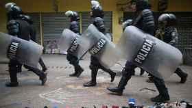 La Policía hondureña durante una redada.