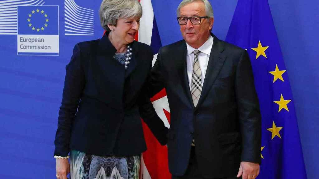 May y Juncker, este lunes en Bruselas