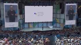 Google Assistant llega a los móviles que no son smartphones