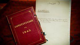 La Constitución de 1845, como sus hermanas, está en la caja fuerte del Congreso.
