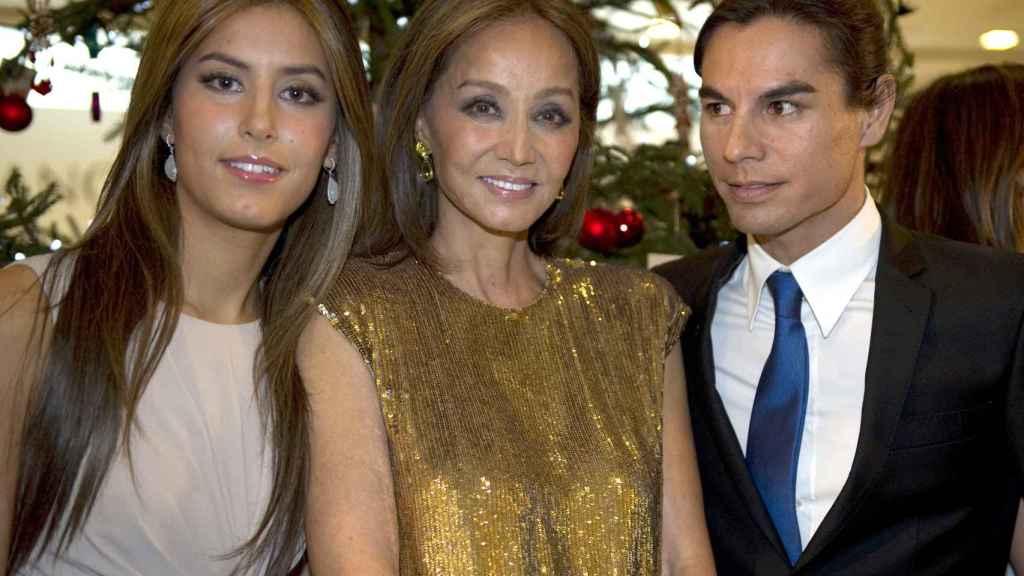 Ana Boyer, Isabel Preysler y Julio José Iglesias.