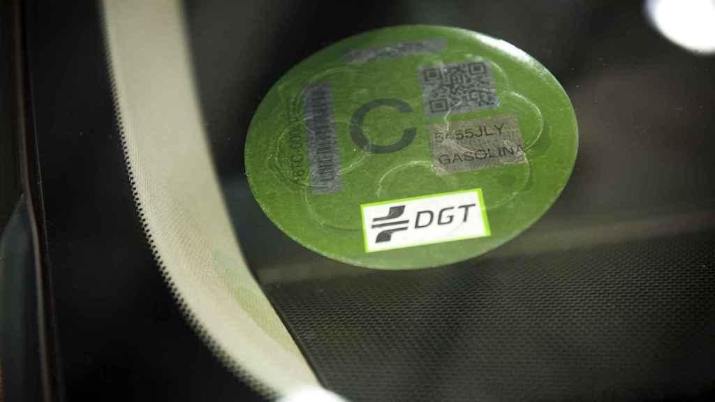 Etiqueta correspondiente a turismos de gasolina matriculados a partir de 2006.