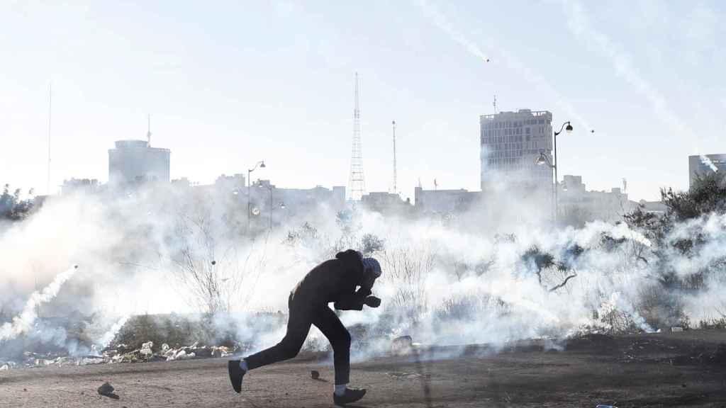 Los disturbios se han producido en 30 puntos de la fronotera