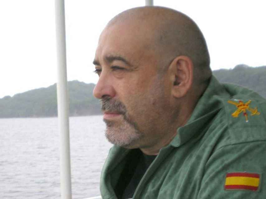 Víctor Láinez tenía 55 años de edad y era natural de Terrassa. Vivía en Zaragoza.